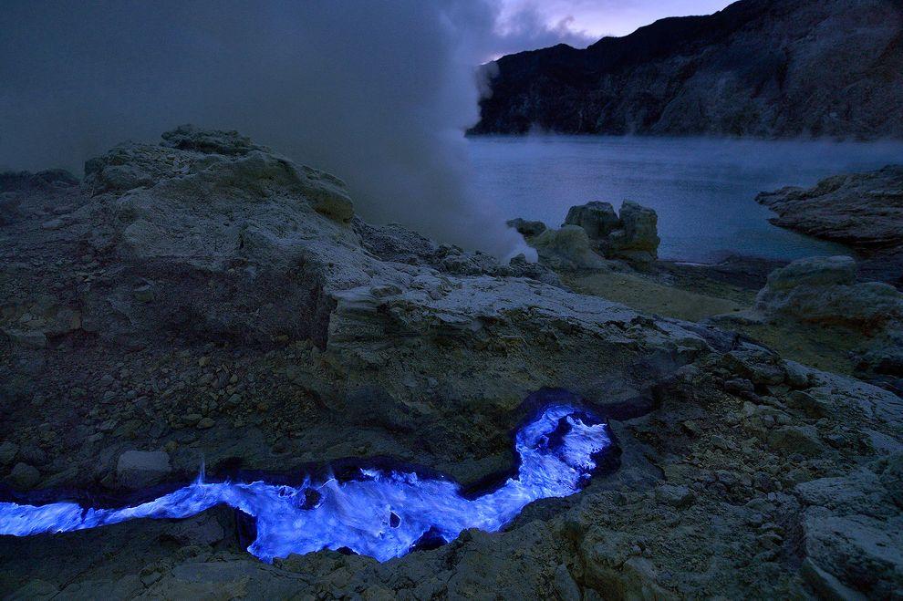 A river of sulfur on Kawah Ijen. Photo: Olivier Grunewald.