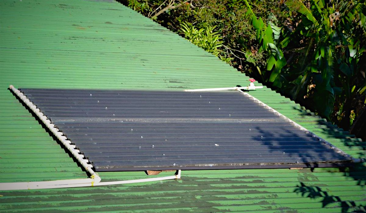 DIY easy solar hot water heater.